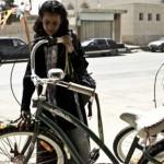 donne-saudite-in-bici