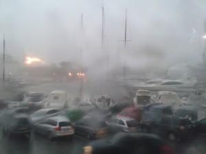 Maltempo: tromba d'aria in Versilia, danni sul litorale