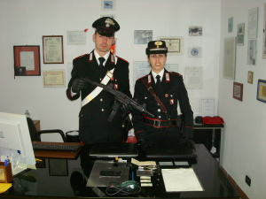 carabinieri uzi