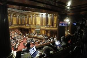 Aula del Senato durante comunicazioni del presidente del Consiglio Matteo Renzi in vista del Consiglio europeo, Roma 18 Marzo 2015. ANSA/GIUSEPPE LAMI