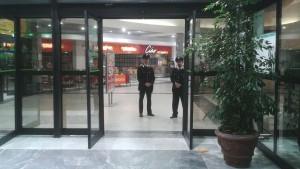carrefour carabinieri 1