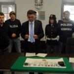 polizia-carrara-sequestro-eroina-21-10-16