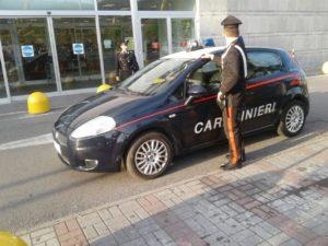 carabinieri esselunga carrara 31 10 17