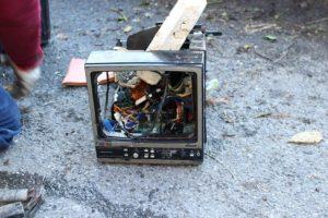 casette televisore 8 12 17